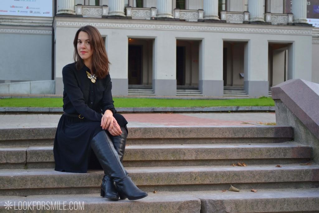 Sieviete melnā apģērbā - blogs - Lookforsmile.com