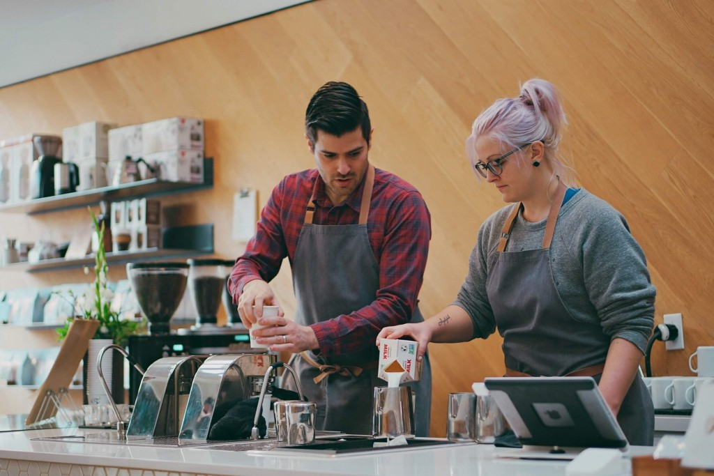 Making coffee baristas - how to be your true self - blog - Lookforsmile.com