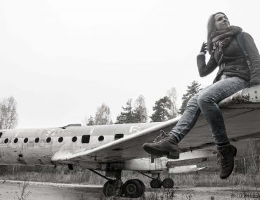 Abandoned plane, adventures - blog - Lookforsmile.com